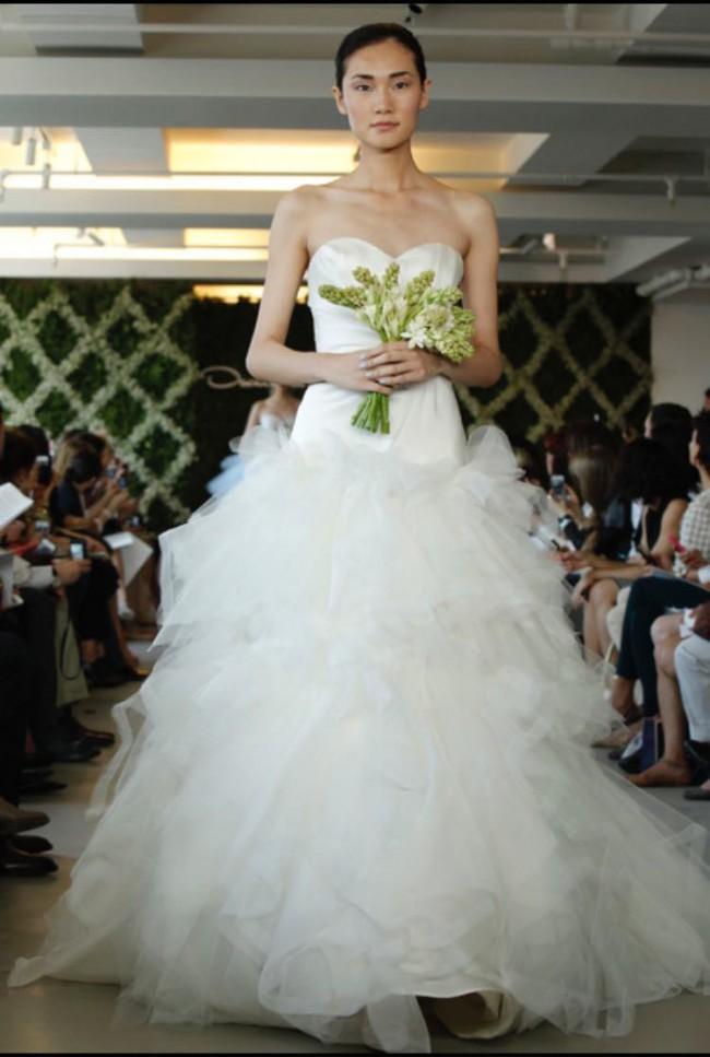 Oscar de la Renta - Second Hand Wedding Dresses - Stillwhite