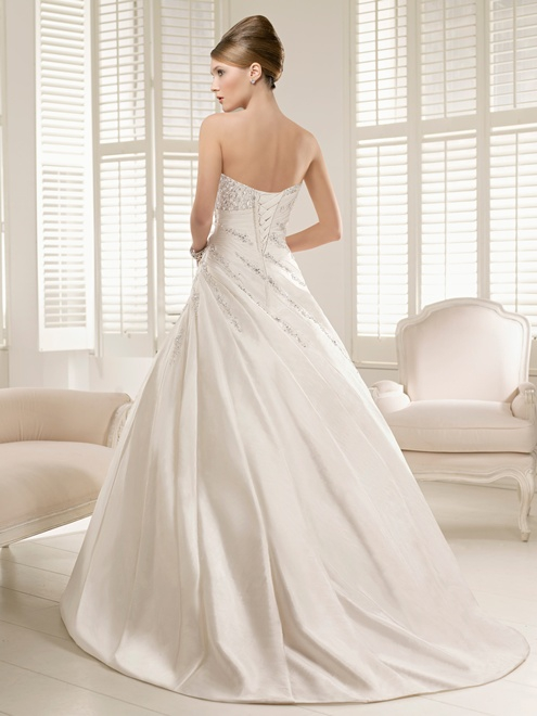 Ronald joyce piacenza 66049 preloved wedding dress on sale for Ronald joyce wedding dresses prices