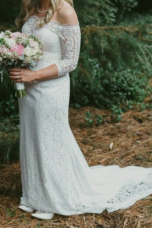 e2ddfb4f3f60 Made With Love Kelly Used Wedding Dress on Sale 50% Off - Stillwhite Canada
