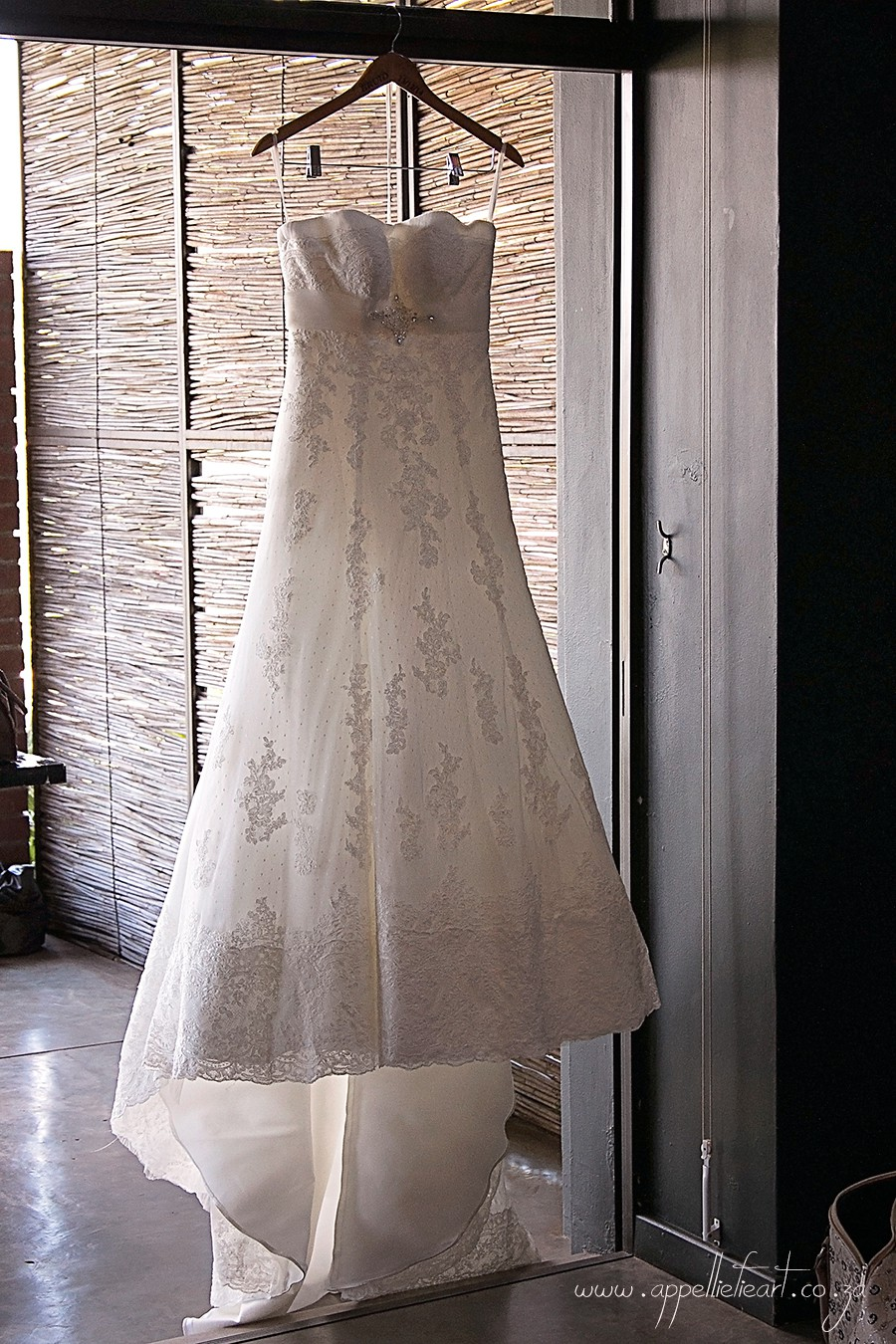 San patrick amilia second hand wedding dress on sale 68 off for Second hand wedding dresses san diego