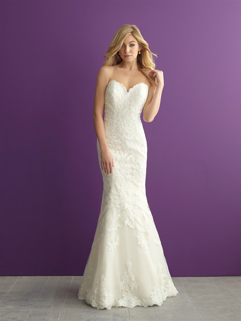 Allure Romance 2954 Preowned Wedding Dress on Sale 41% Off