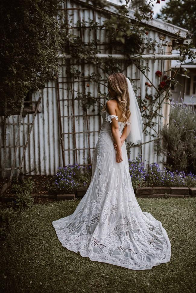 Rue De Seine Fox Gown Wedding Dress On Sale 25 Off