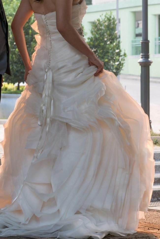 Vera wang 351011 second hand wedding dress on sale 58 off for Second hand vera wang wedding dress