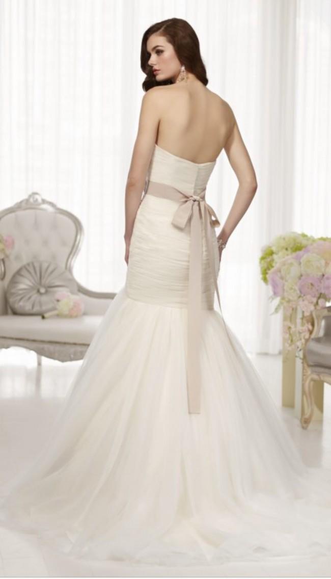 Essense Of Australia D1451 New Wedding Dress On Sale 69 Off