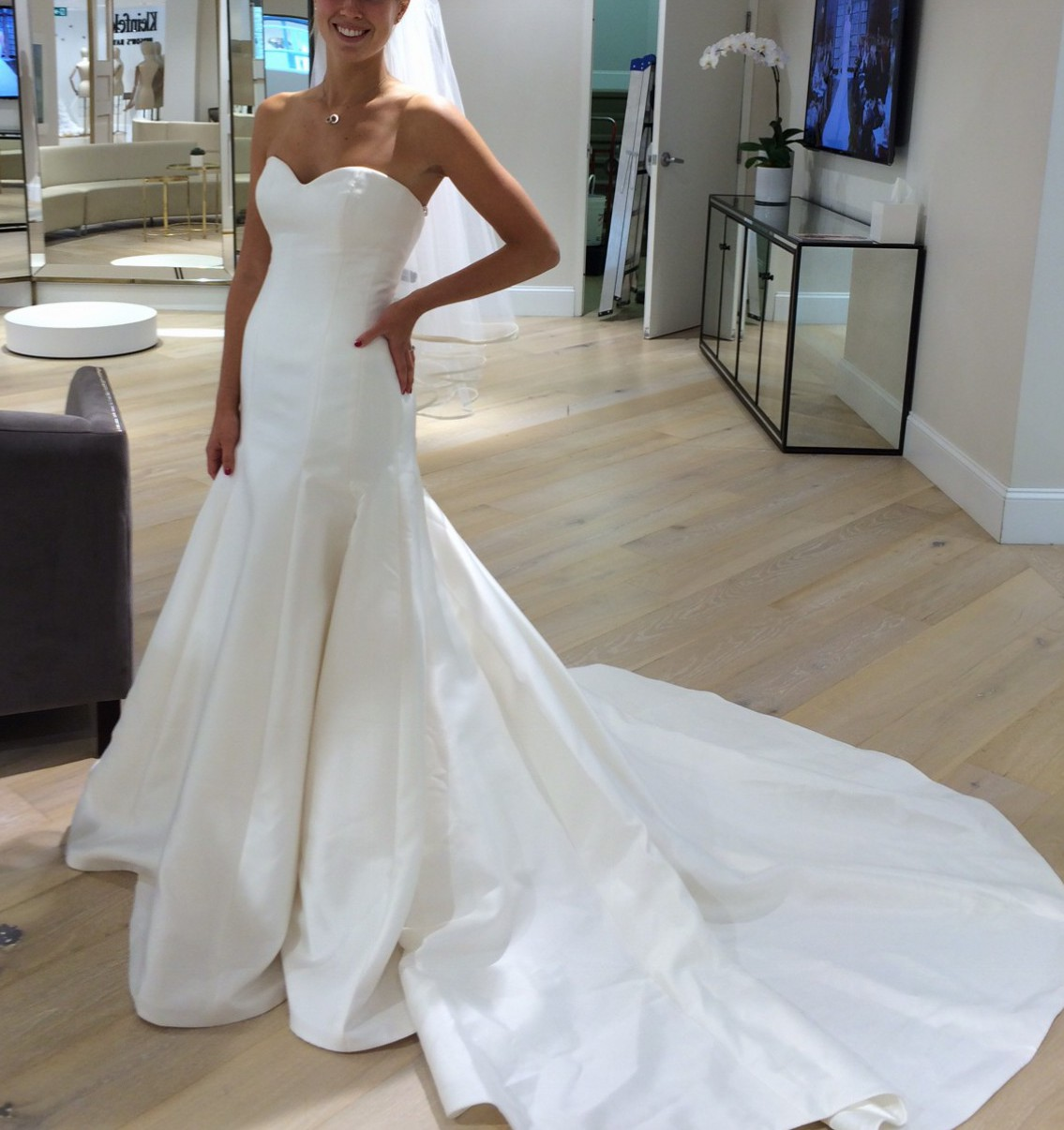 Augusta Jones Rebecca D570w-C - Second Hand Wedding Dresses - Stillwhite