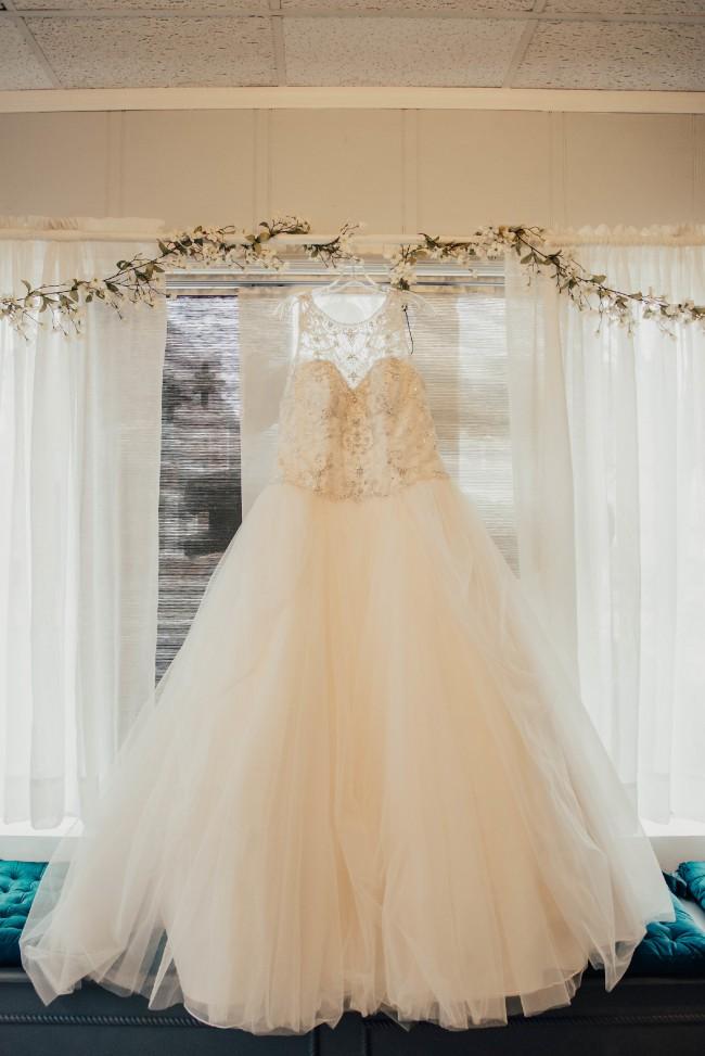 Stella York Second Hand Wedding Dress on Sale 31% Off - Stillwhite