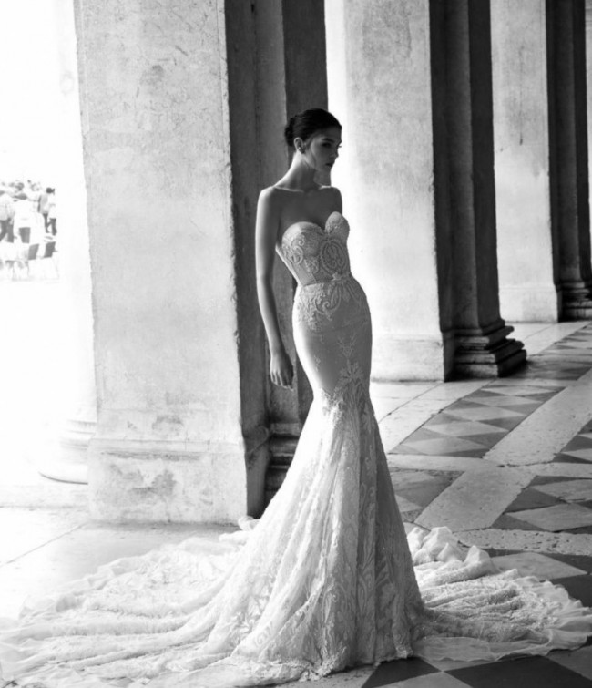 Inbal Dror Wedding Gowns For Sale: Inbal Dror BR15-16 Second Hand Wedding Dress On Sale 51