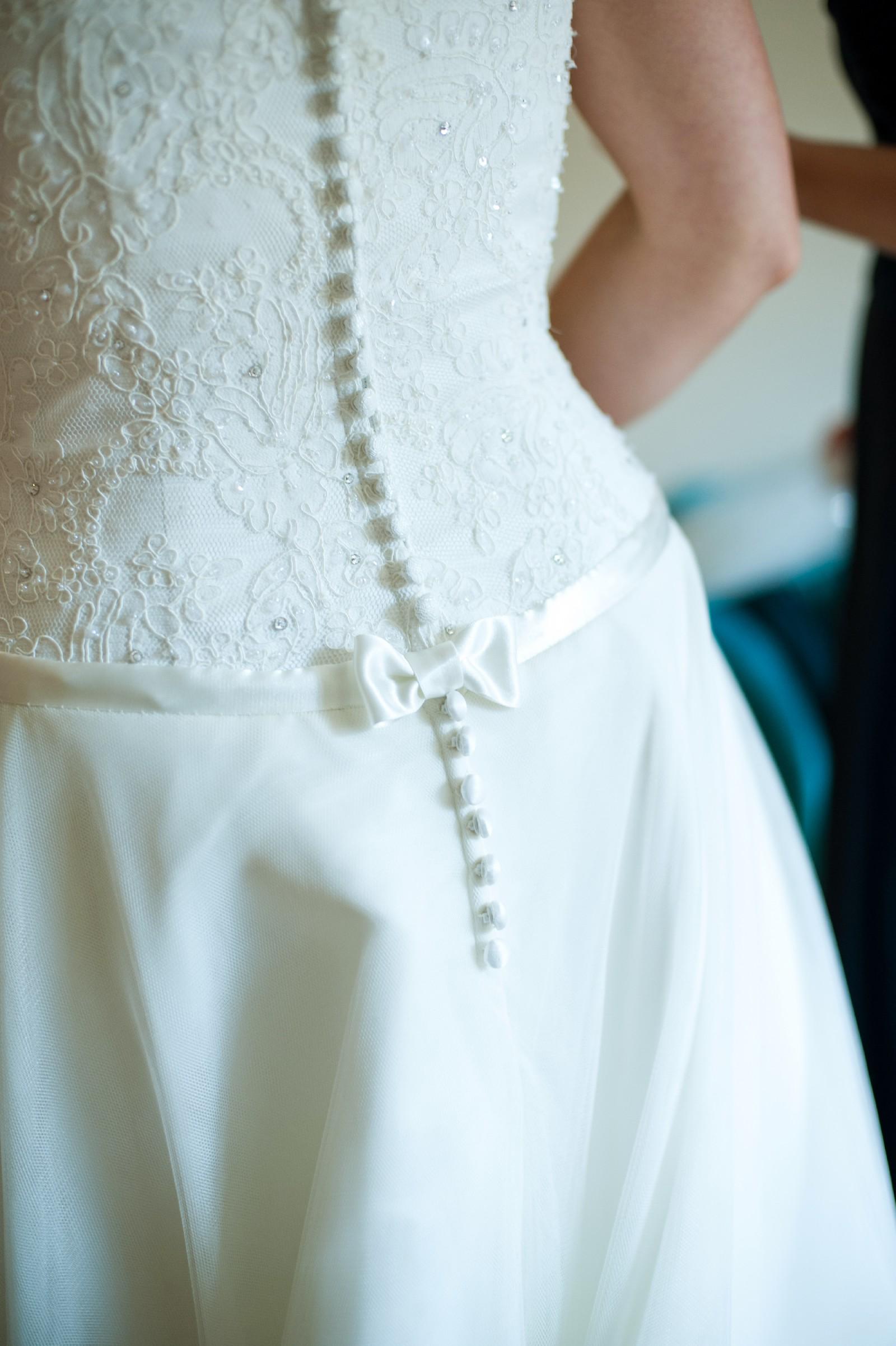 Madeline Issac James Aurora Second Hand Wedding Dress on Sale 84% Off