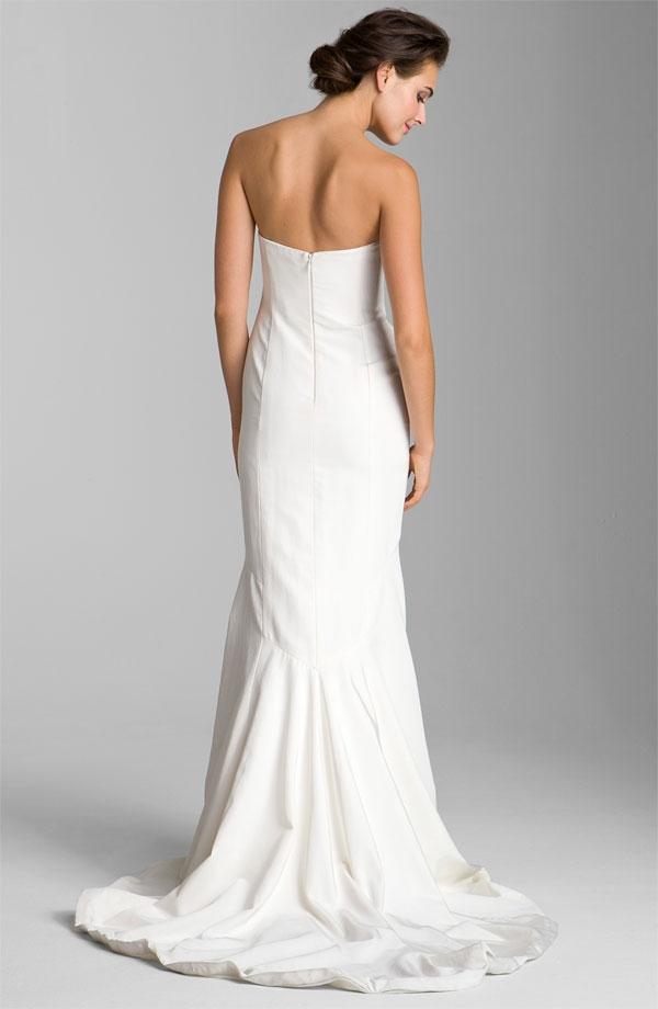 Nicole Miller Dakota Faille Trumpet Dress Wedding Dress on Sale 29 ...