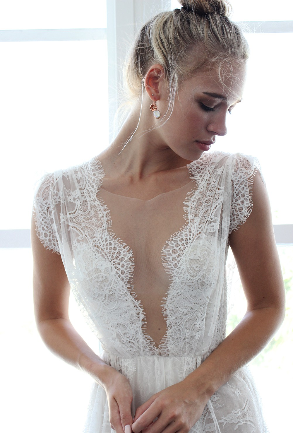 Grace loves lace second hand wedding dress on sale for Second hand wedding dresses san diego