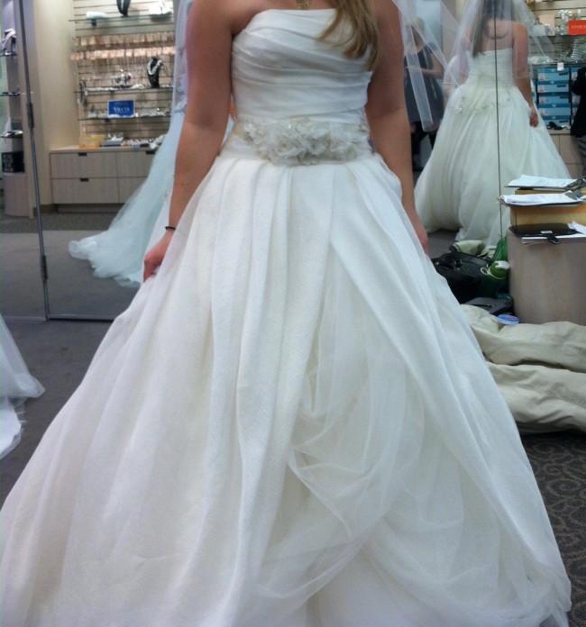 Vera Wang Textured Organza New Wedding Dress On Sale 53