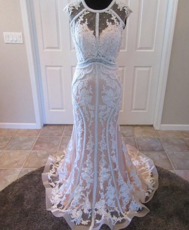 Jacquelin Exclusive Anne PreOwned Wedding Dress on Sale 56% Off