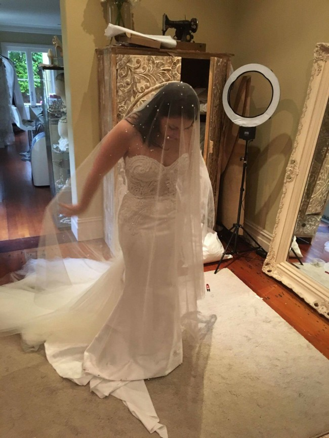 Leah da gloria custom made used wedding dress on sale 59 off for Leah da gloria wedding dress cost