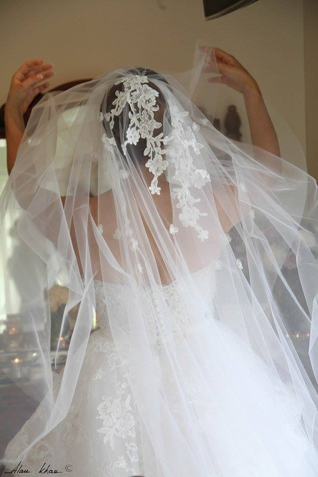 Suzanna blazevic ball gown used wedding dresses stillwhite for Suzanna blazevic wedding dresses