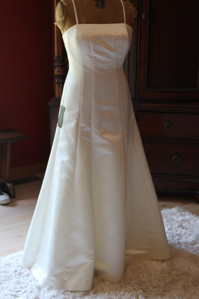 Ann taylor ann taylor duchess satin strapless wedding dress new ann taylor ann taylor duchess satin strapless wedding dress junglespirit Images