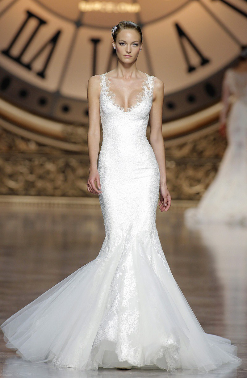 Pronovias atelier pronovias vegas second hand wedding for Wedding dresses for rent las vegas