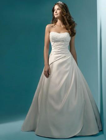 Alfred Angelo style 1136 - New Wedding Dresses - Stillwhite
