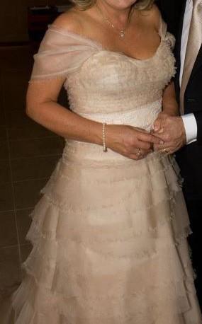 Mariana Hardwick Marie Antoinette Preowned Wedding Dress on Sale 60 ...