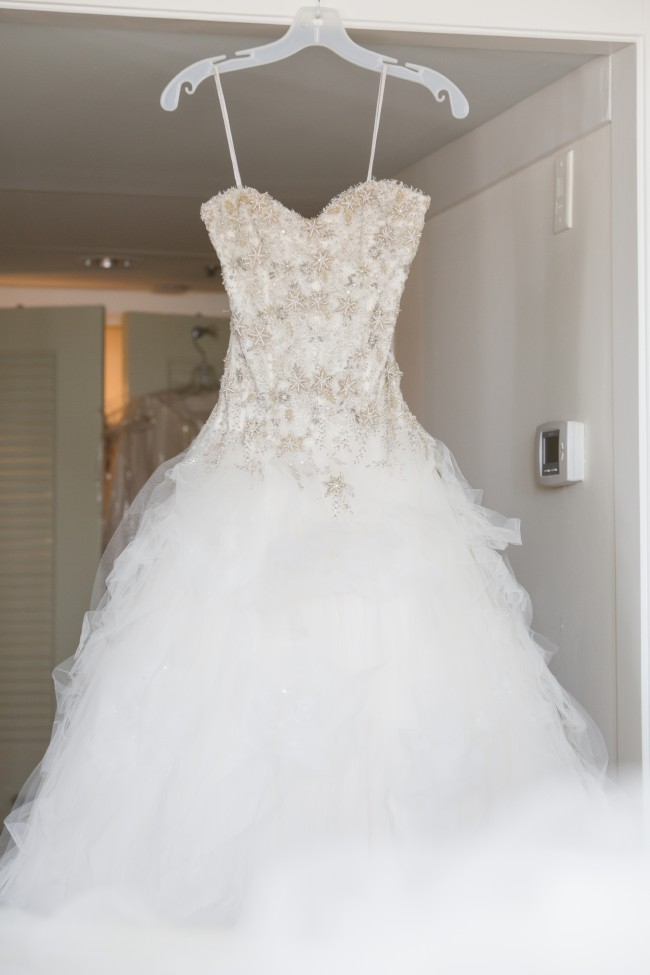 Monique Lhuillier - Second Hand Wedding Dresses - Stillwhite