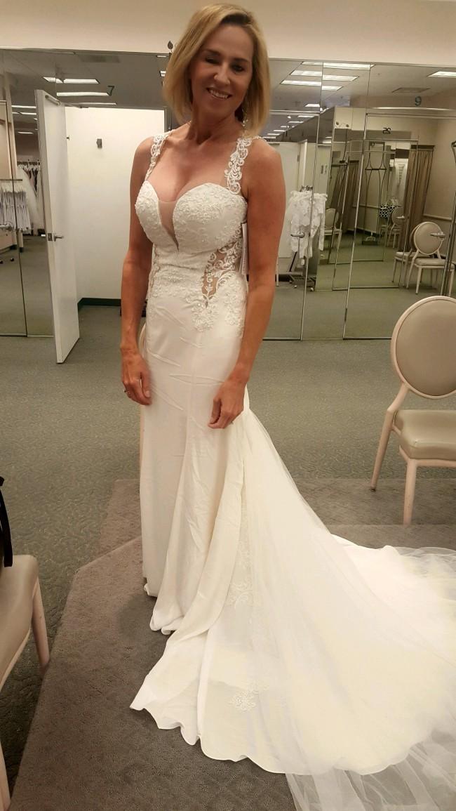 Galina signature swg725 pre owned wedding dress on sale 64 off galina signature swg725 junglespirit Images