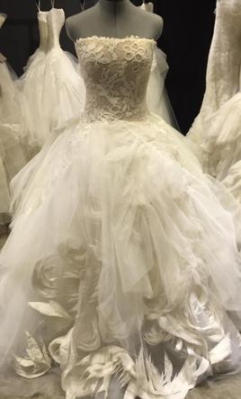 Vera wang second hand wedding dress on sale 51 off for Second hand vera wang wedding dress