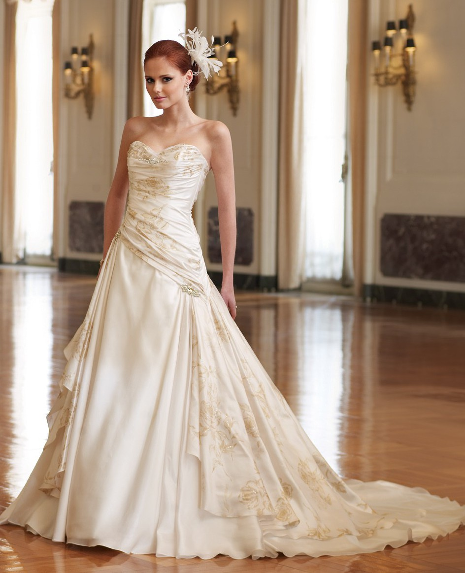 Cost Of Sophia Tolli Wedding Gowns: Sophia Tolli Y11010 Sample Wedding Dress On Sale 89% Off