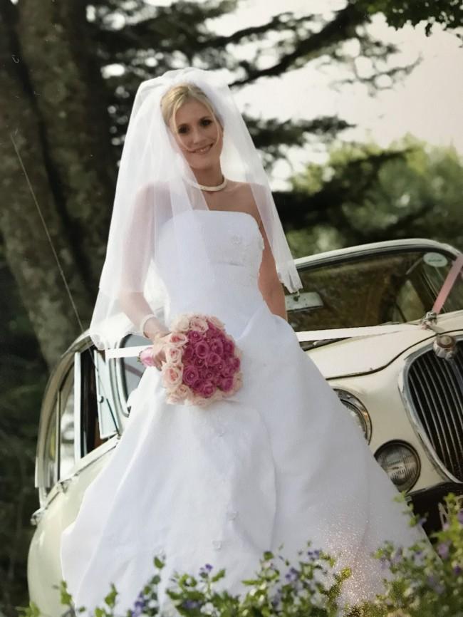04f8bd03945 A-Line Used Wedding Dress on Sale 58% Off - Stillwhite