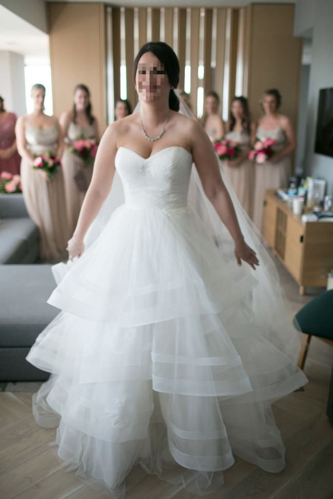 Monique Lhuillier Bliss 16228 Second Hand Wedding Dress on Sale 42% Off