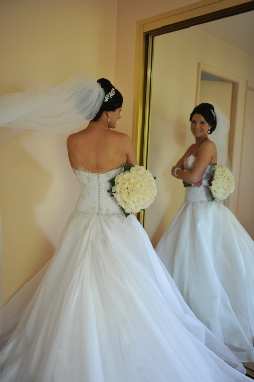 Steven khalil preowned wedding dress on sale 50 off for Steven khalil wedding dresses cost