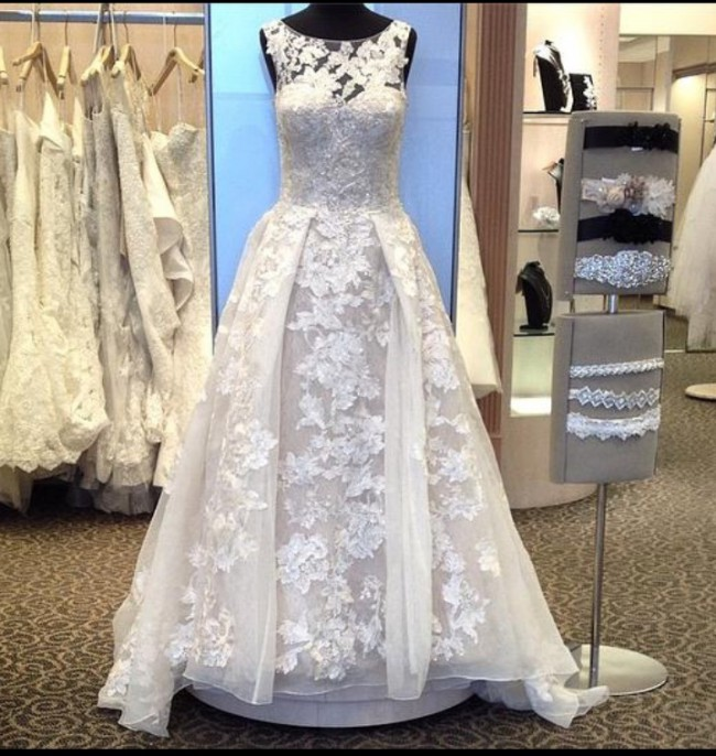 Oleg cassini wedding dress on sale 74 off oleg cassini ball gown junglespirit Images