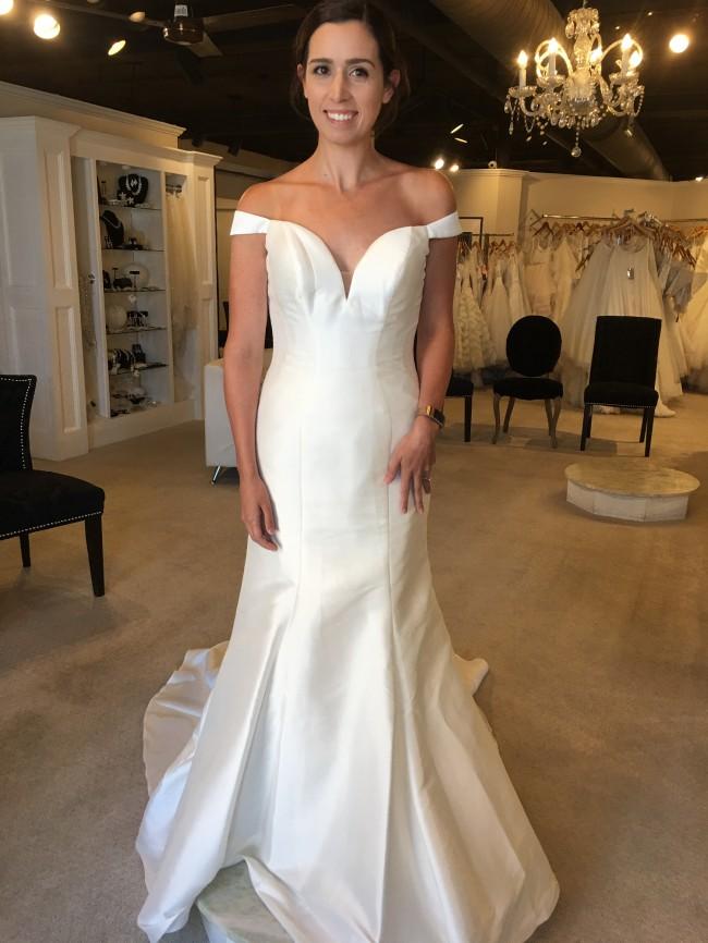 Essense of Australia D2477 - New Wedding Dresses - Stillwhite