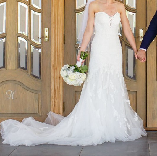Stella york 6257 preowned wedding dress on sale for How much do stella york wedding dresses cost