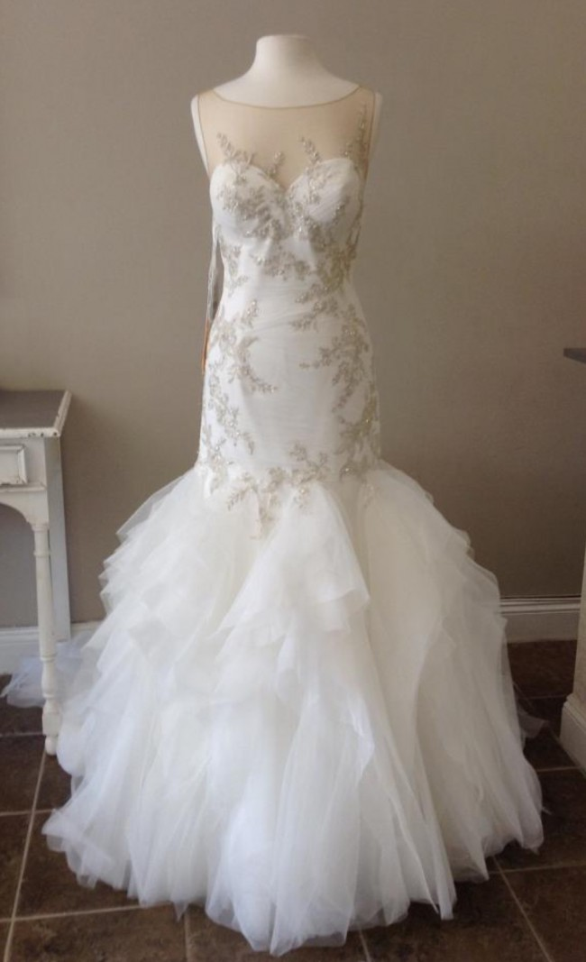 Pronovias prival new wedding dress on sale 56 off for Wedding dress shops st louis mo