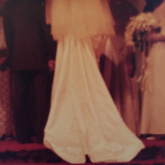 Saks Fifth Avenue Wedding Gowns: Saks Fifth Avenue New York Vintage Second Hand Wedding