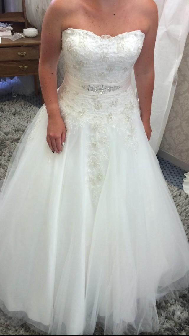 Brides By Mancini, Lauren