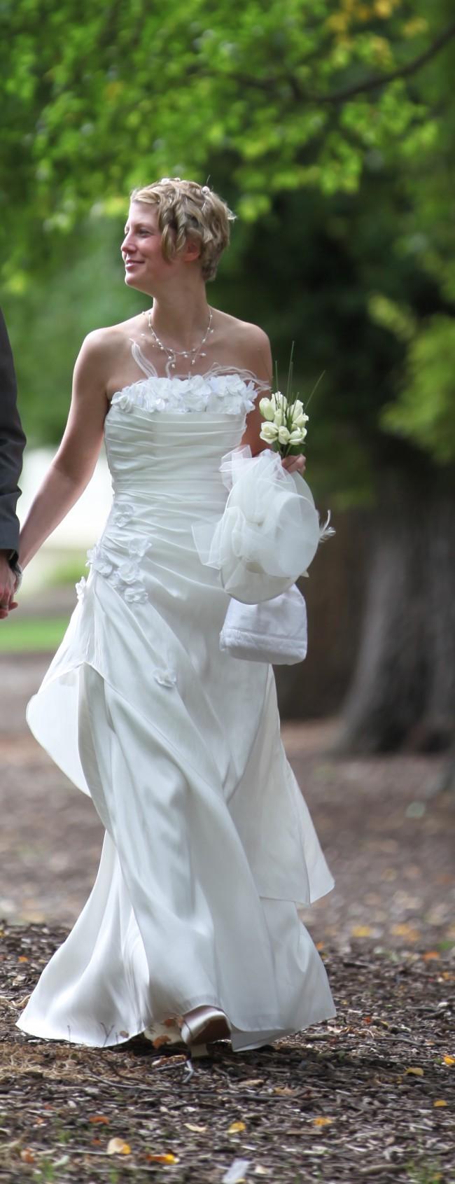 Fit & Flare - Second Hand Wedding Dresses - Stillwhite