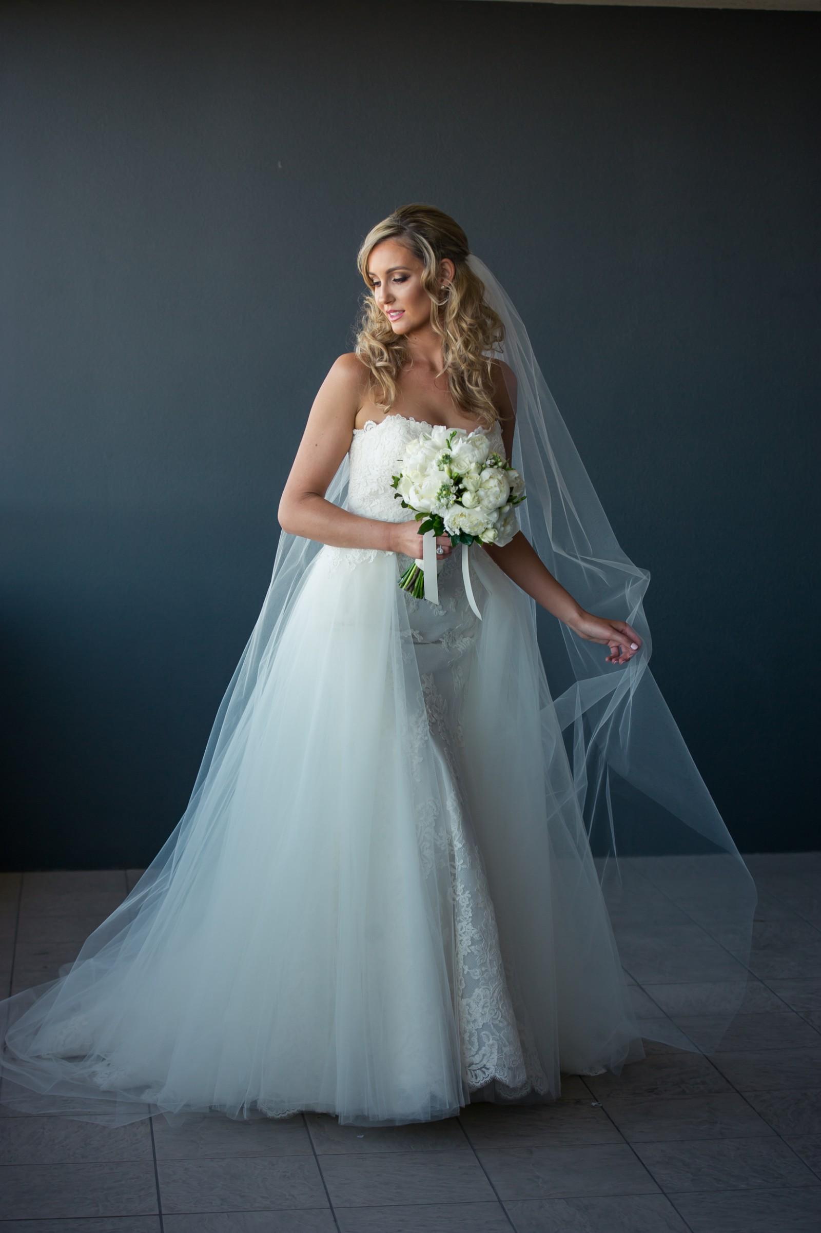 Colorful Enzoani Dakota Wedding Dress Elaboration - All Wedding ...