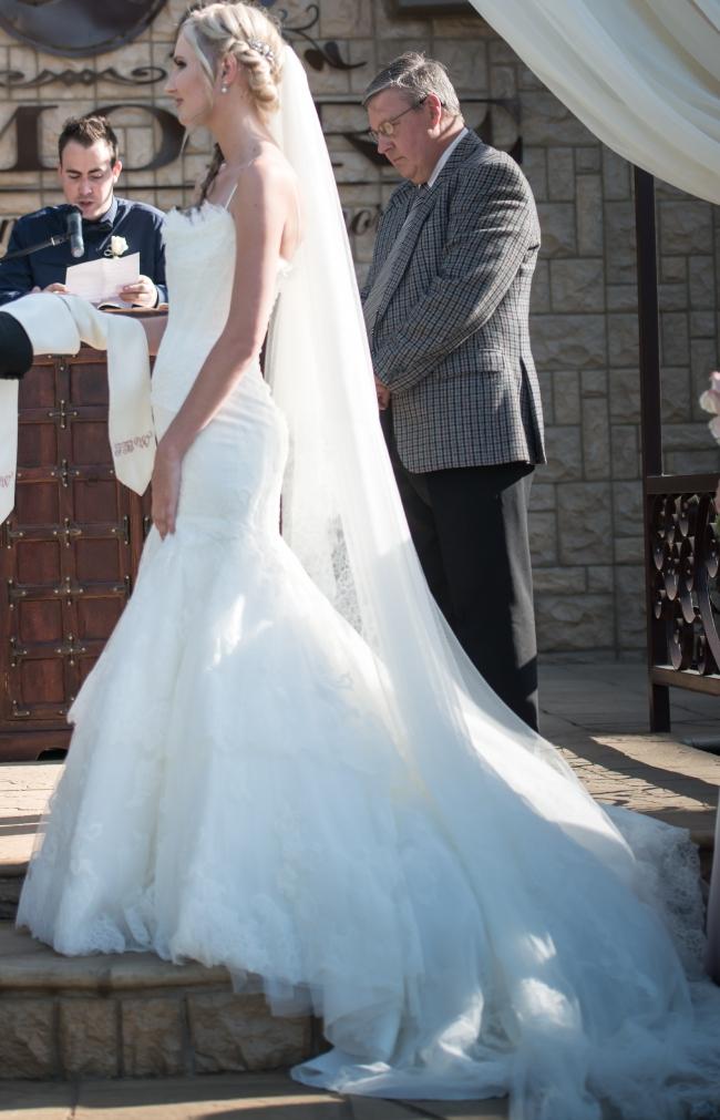 Pronovias Basel - Second Hand Wedding Dresses - Stillwhite