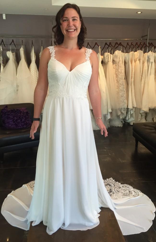Beach wedding dresses online australia wedding ideas for Wedding dresses online australia