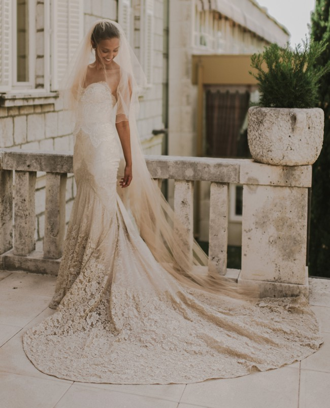 Inbal Dror, Custom Made 14-10