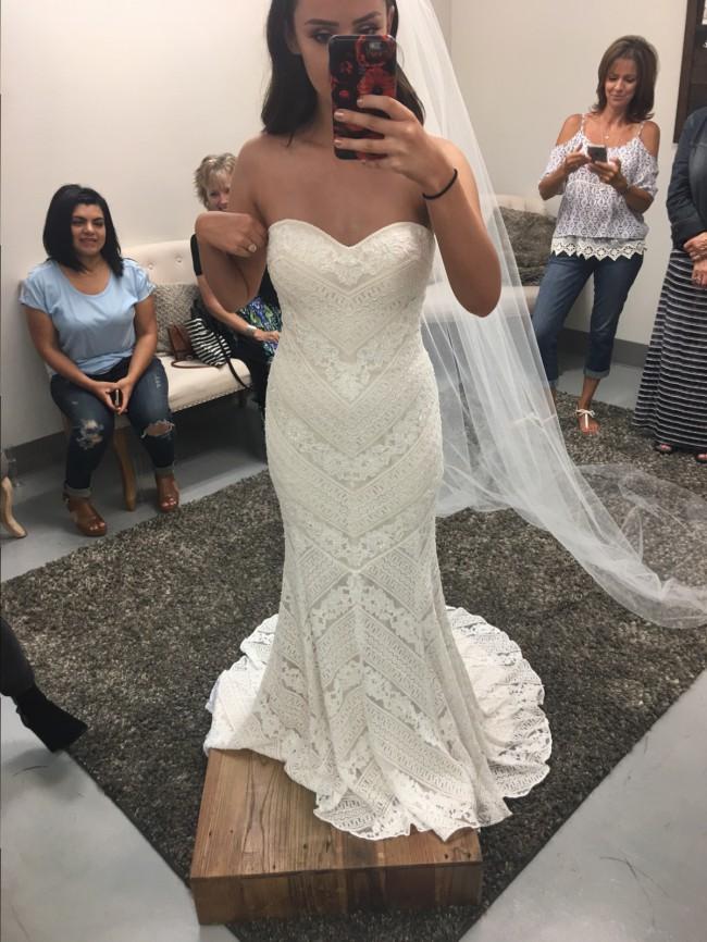 chic nostalgia quest new wedding dress on sale 35