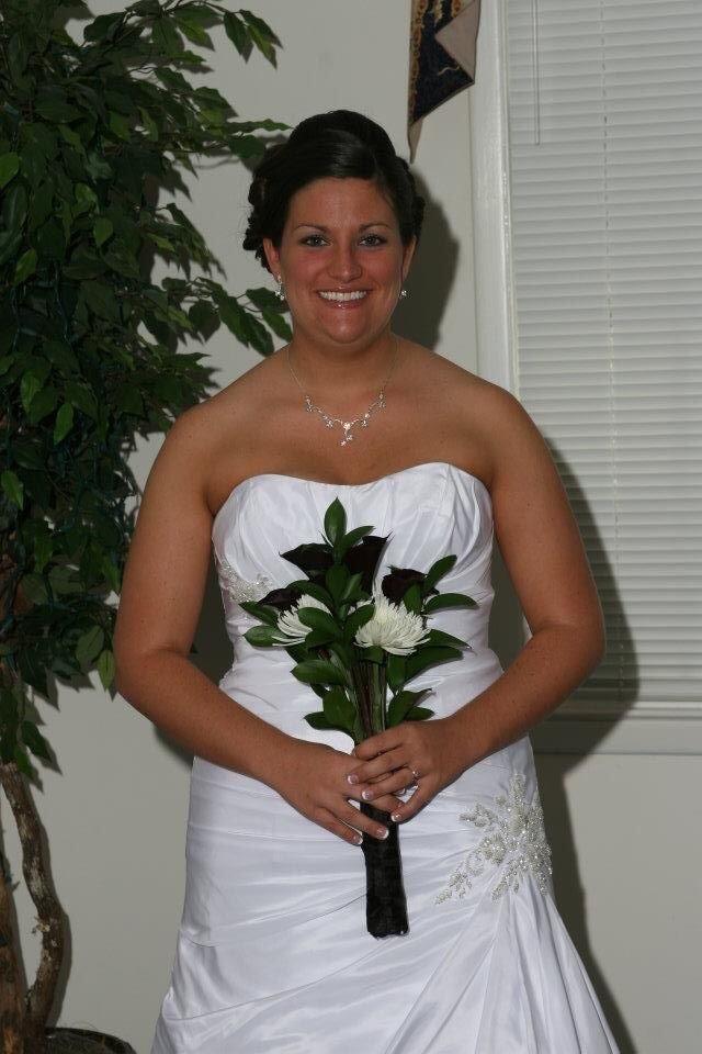 David 39 s bridal wg3032 used wedding dress on sale 45 off for Julian alexander wedding dresses