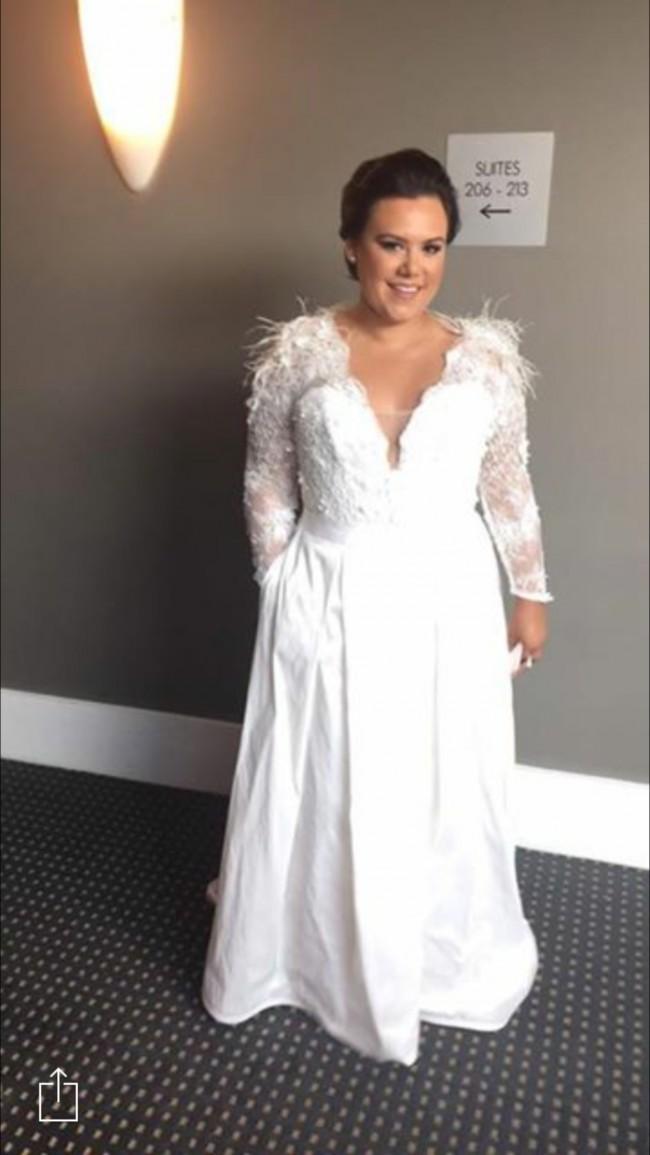 Elie Saab Custom Made Preowned Wedding Dress on Sale - Stillwhite