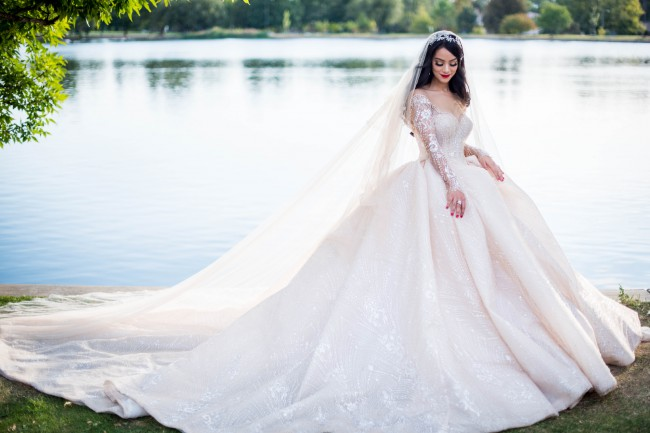 Steven Khalil Preowned Wedding Dress on Sale - Stillwhite