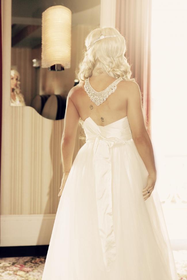 Anna campbell alexandra wedding dress on sale for Off the rack wedding dresses melbourne