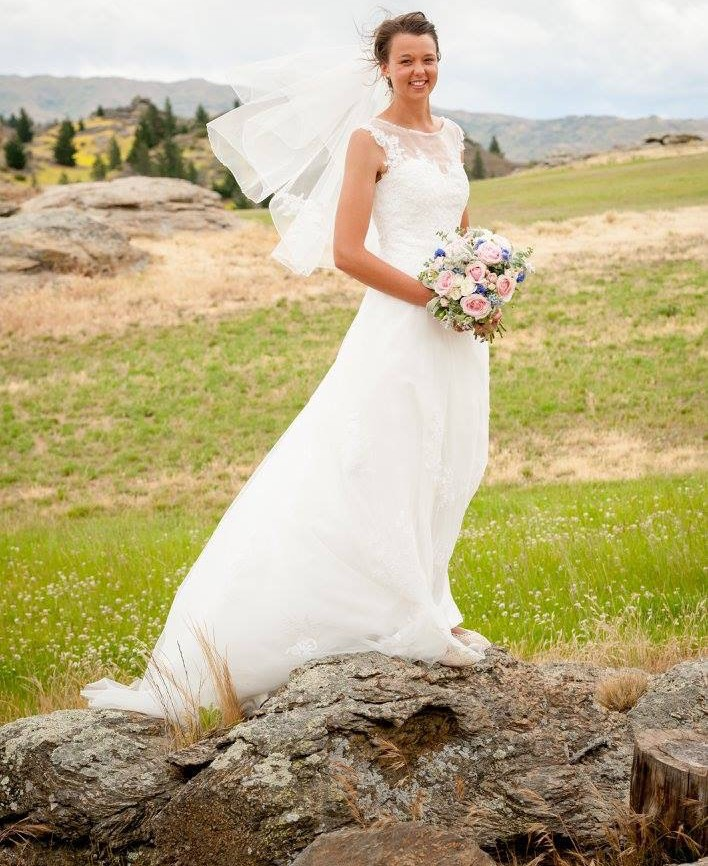 A line second hand wedding dress on sale for Second hand wedding dresses london