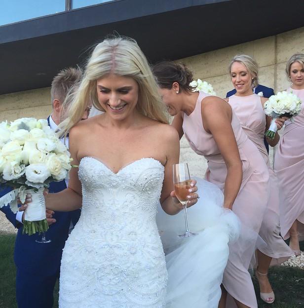 Jane Hill Custom Made Used Wedding Dress On Sale 67% Off