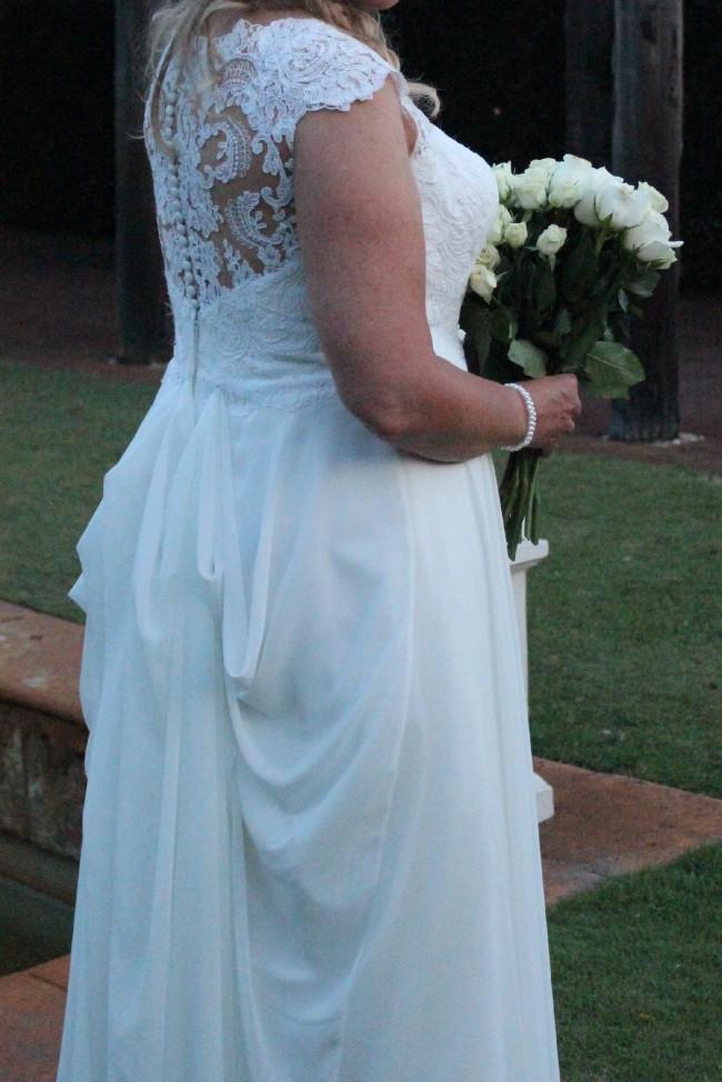 Exelent Second Hand Wedding Dresses For Sale Gift - Womens Dresses ...