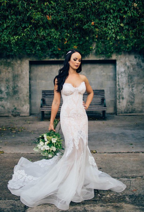 Leah da gloria fluer custom made preowned wedding dress for Leah da gloria wedding dress cost