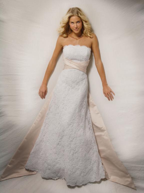 Demetrios Cr 120 Preowned Wedding Dress On Sale 90 Off